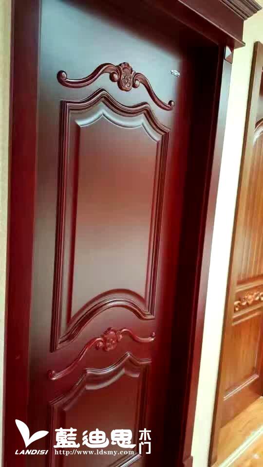 雕花扣线实木烤漆门三大