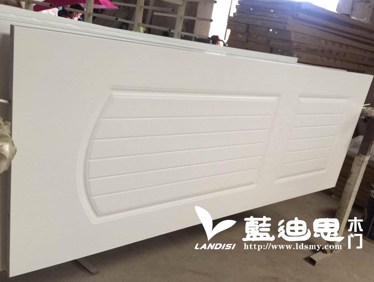 新闻资讯-蓝迪思实木烤漆门与重庆和北京门生产工艺